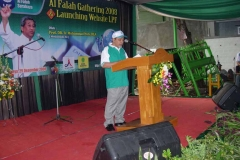Gathering_-_Ust._Abdulkadir_Baradja_saat_memberikan_sambutan