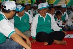 Gathering_-_Ust._Soehadi_Djamiin_dan_Ust_Abdulkadir_Baradja_di_tengah-tengah_keluarga_LPF
