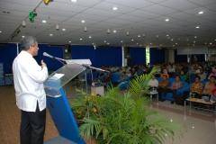 Prof._DR._M._Nuh,_DEA,_saat_menjadi_nara_sumber_di_LPF_(acara_Orientasi_Wali_Murid_Baru)
